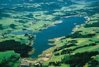 Luftbild vom nahe gelegenen Rottachspeicher See