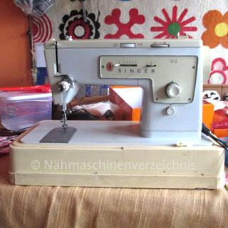 Singer Kl. 419, Haushalts-Flachbettnähmaschine mit Unterbaumotor, Hersteller: Singer Nähmaschinen AG, Großbritannien (Bilder: J. Ettinger)