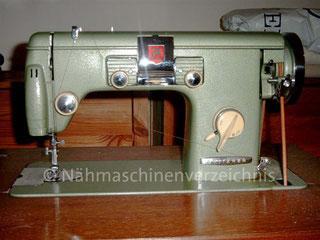 Gritzner HZ, Automatic mit Schablonen, Flachbett, Fußantrieb, Anbaumotor möglich, Hersteller: Gritzner-Kayser AG, Karlsruhe-Durlach (Bilder: M. Bollin)
