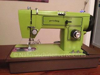 Privileg 152 Flachbett-Haushaltsnähmaschine mit Anbaumotor, Hersteller: Lozenstar/Fappyco, Taiwan (Bilder: M. Rosenbruch)