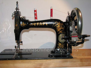 Pfaff Typ B, Längsschiffchen-Gradstich-Hocharm-Haushaltsmaschine, Hersteller: G. M. Pfaff, Kaiserslautern, Baujahr 1900 (Bilder: H. Demmer)