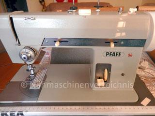 Pfaff 96, Musterautomatik, Flachbett mit Einbaumotor, Hersteller: G.M. Pfaff AG, Nähmaschinenfabrik, Kaiserslautern (Bilder: S. König)