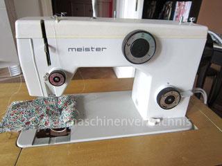 Meister 176 Flachbett-Haushaltsnähmaschine, Einbaumotor, CB-Greifer, Hersteller: Meister-Werke GmbH Schweinfurt (Bilder: S. Kuske)