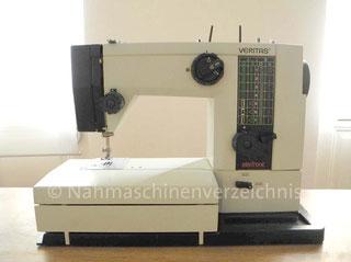 Veritas 8014-4443 electronic, Veritas, Freiarm-Nähmaschine mit Klapptisch und Einbaumotor, Hersteller: Textima VEB Nähmaschinenwerk Wittenberge (Bilder: Naehmaschinenverzeichnis)