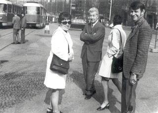 Irmgard Bährle, Otto Ehrmann, Erika u. Walter Laffsa in Prag (v.l.)