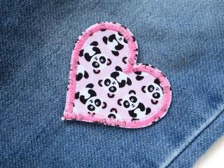 Bild: Set 2 Herz Flicken mit Pandabären, Panda Hosenflicken  zum aufbügeln für Mädchen