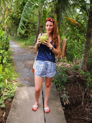 Gesucht - Gefunden: Anna auf der Suche nach dem besten Kokoswasser Südostasiens