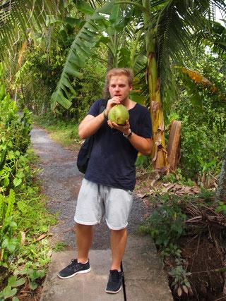 Das perfekte Kokoswasser findet man im Mekong-Delta