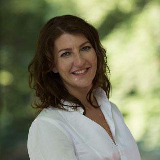 Monika Pfundmeier, Autorin im Autorinnenclub