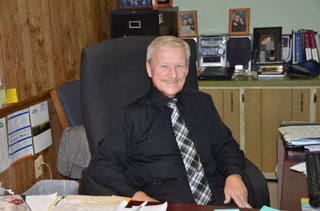 Garry Elliot, Barr Insurance Agency owner