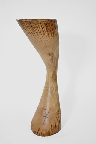 V1254 · Oak#vessel#bowl#coffeetable#woodworking#interiordesign#woodsculptures#art#woodart#wooddesign#decorativewood#originalartwork#modernwoodsculpture#joergpietschmann#oldwood
