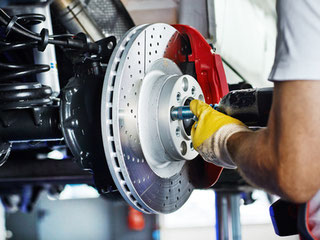 KFZ-Service, Autoreparatur, Werkstatt, Auto