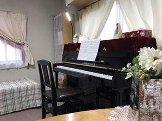 (火)バイオリン・ピアノ(水)フルート・ピアノ(金)ピアノ(受験対応可能)