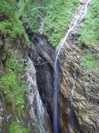 Die traumhafte Wasserfallbrücke