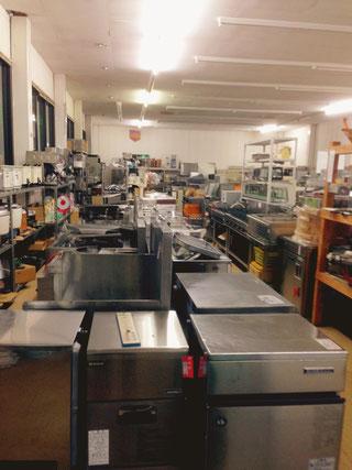 厨房機器 セプラ 店内