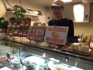 店長の高田さん。やわらかい笑顔がステキな方でした。