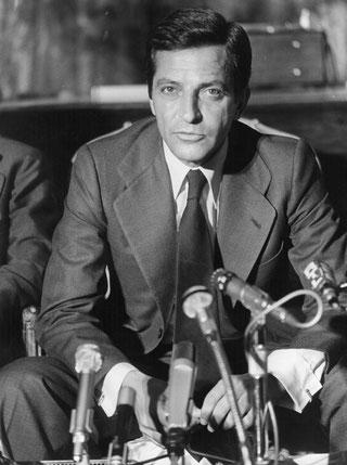 Adolfo Suárez, el político que tuvo que marcharse de la política para que se le reconociera su estatura histórica