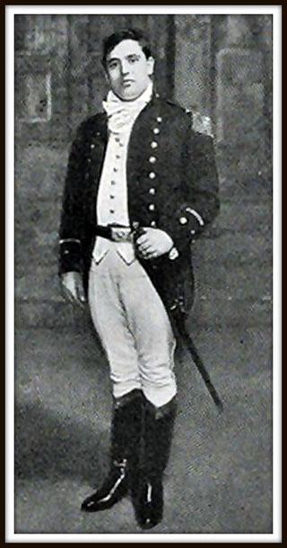 John McCormack - Tenente Paul Merrill