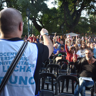 ASAMBLEA GENERAL EXTRAORDINARIA EN LA PLAZA INDEPENDENCIA (28/03/2019)