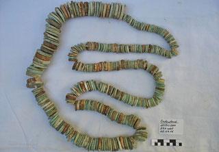 Kette aus mehreren Steinscheiben, versch. Natursteine