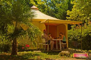tente meublée - camping gers de l'arros