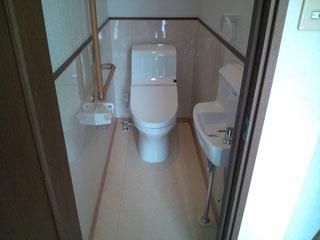 タイル貼りの和式トイレから腰掛便器へリフォーム