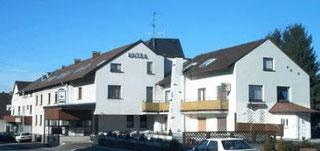 Landhotel Dietzel  Neuer-Weg 11  59757 Arnsberg-Herdringen  02932-4533  www.landhotel-dietzel.de