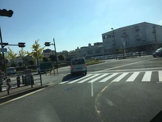 万博公園駅からのアクセス②