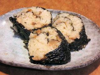 炊き込みご飯の海苔巻き