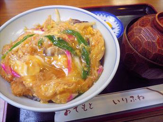 カツ丼(2013/10/26) ※現在はヒレカツ丼
