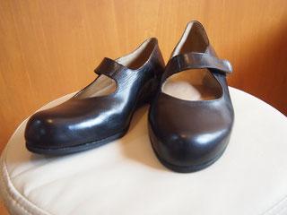 巻き爪のオーダーメイド靴
