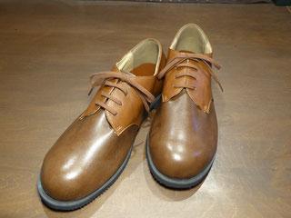 内反偏平足の靴