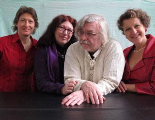 Konstanze Ihle, Schlagwerk / Ursula Euteneuer-Rohrer, Klavier, Komposition / Manfred Rohrer, Schlagwerk / Rita Huber-Süß, Stimme