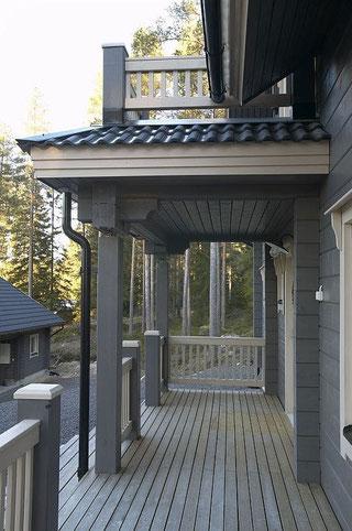 Massivholzhaus - Holzhaus in Blockbauweise - Wertbeständige Blockbohlenhaus mit viel Holz - Preise, Bausatz, Selbstbauhaus