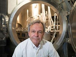 Karsten Danzmann forscht zu Gravitationswellen (Foto: Friedrun Reinhold)