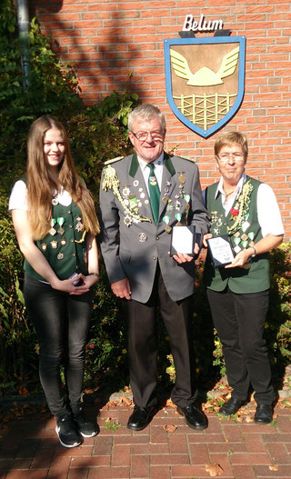 Die neuen Vereinsmeister: Ann-Marie Pick, Erfried Heidhoff und Magarete Horeis (Foto: S. Hollander)