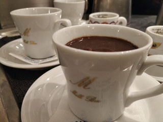 cioccolata servita calda