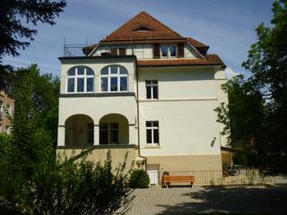 Balkon, Veranda und Terrasse zum Garten