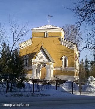Церковь в Белогорке