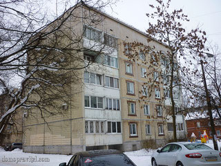 Гатчина, Киргетова 15А