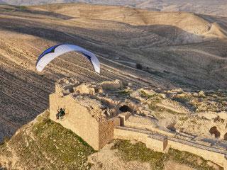 Shobak Castle Paramotoring