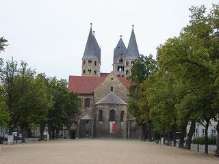 """Halberstadt Liebfrauenkirche"". Licensed under CC BY-SA 3.0 via Wikimedia Commons - https://commons.wikimedia.org/wiki/File:Halberstadt_Liebfrauenkirche.jpg#/media/File:Halberstadt_Liebfrauenkirche.jpg"