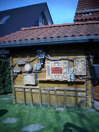 Insektenwand in Odenthal-Glöbusch