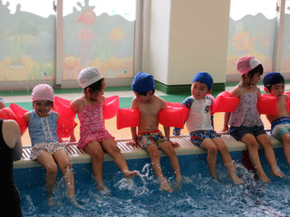 温水プール1