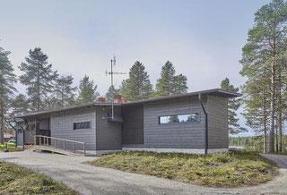 Massivholzhaus mit Pultdach