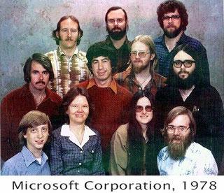 """Wenn Sie allerdings damals, vor 40 Jahren, diesen """"Typen"""" als Banker Kredit gegeben hätten, dann wären Sie wahrscheinlich als Idiot entlassen worden. Geld haben sie von IBM bekommen, einem damals berühmten, heute fast unbekannten Unternehmen."""