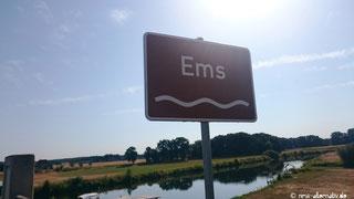 Dieses Schild ist ein treuer Begleiter auf dem Ems-Radweg.