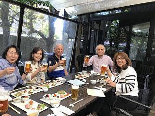汗ばむ陽気だったので、まずは、のどを潤すため、全員生ビールでカンパーイ(^_^)v  格別美味しかった(^^♪