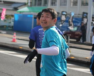桑名龍吾県会議員は5時間48分でゴール