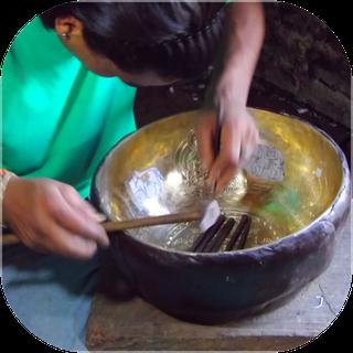 Gravure d'un bol tibétain